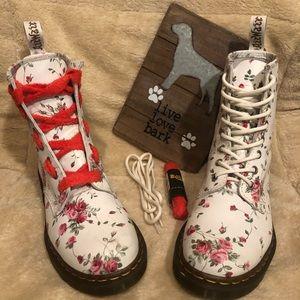Discontinued Dr Martens Portland Rose 1460 boots